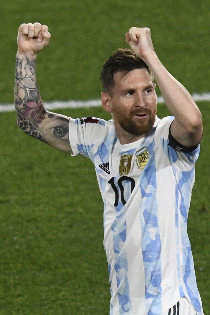 Gol-de-Messi-festejo-Monumental